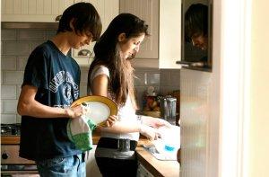 teenagers-housework